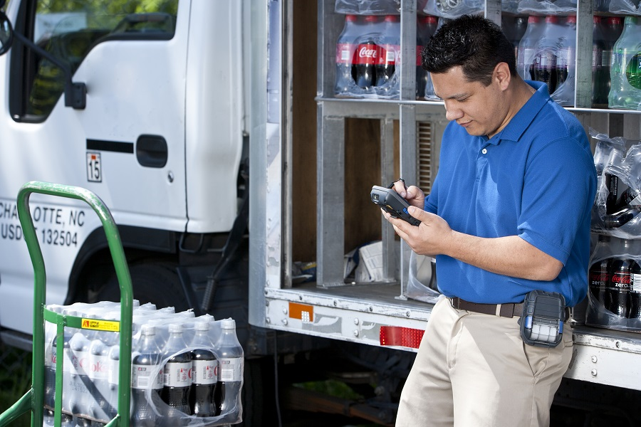 How Is the Internet of Things Impacting Supply Chains?
